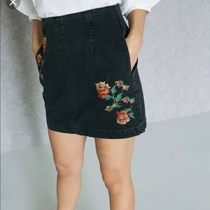 Top shop black denim embroidered skirt